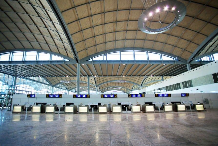 aeropuerto-de-alicante-gallery-2_900_600